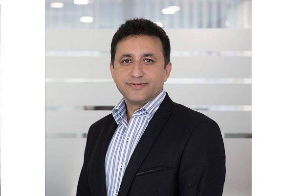 Sharad Mehrotra, Customer Service, Smartphone